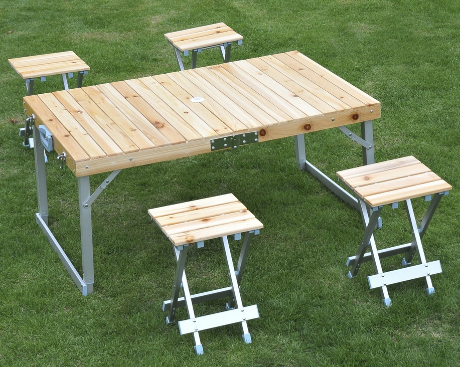 table de camping pliante en bois
